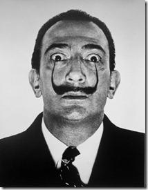 dali-mustache-philippe-halsman-7