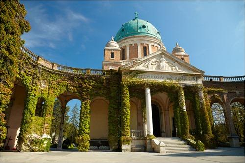Mirogoj cemetery. Zagreb, Croatia