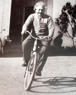 биография-эйнштейна